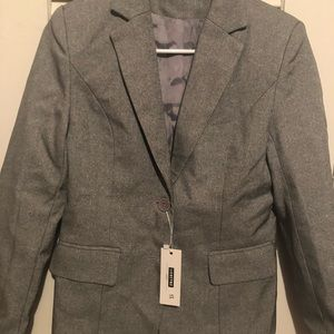 A new brand suit Xs
